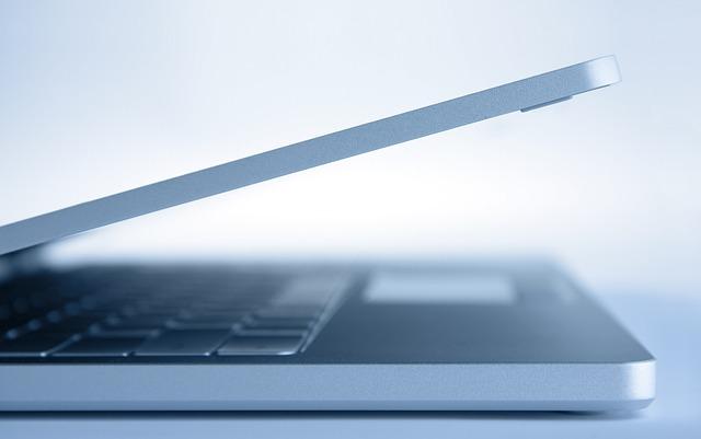 Zdjęcie główne #148 - Skutki upadku laptopa na ziemię. Czy naprawa będzie droga?